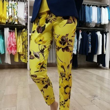 RINASCIMENTO Pantaloni 2019