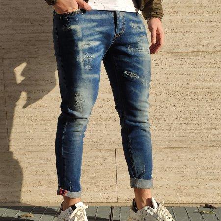 Jeans con rotture XAGON MAN